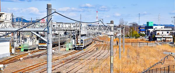 Apunto al establecimiento temprano de la Estación de Komagawa la salida oriental